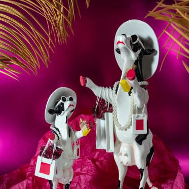 "Коллекционная корова Alphadite Goddess of Shopping - ""Богиня Шопинга"" (31*11см)"