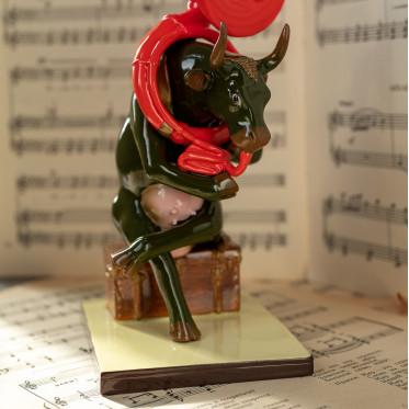 Коллекционная корова Josephine au Trombone (19*8 см)